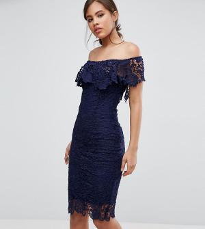 Paper Dolls Tall Кружевное платье-футляр с оборками и вырезом лодочкой. Цвет: темно-синий