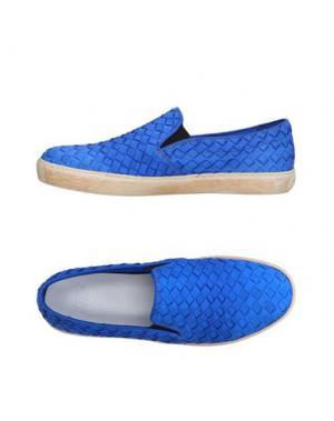 Низкие кеды и кроссовки PANTOFOLA D'ORO. Цвет: ярко-синий