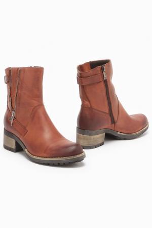 Ботинки CARINI. Цвет: оранжевый