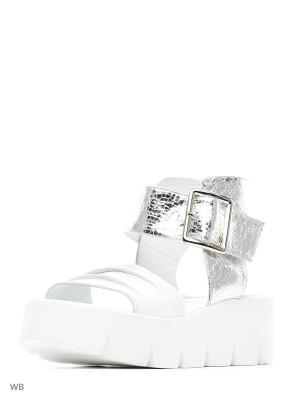 Босоножки Donna Ricco. Цвет: белый, серебристый