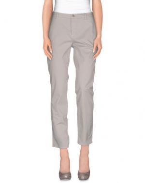 Повседневные брюки UP ★ JEANS. Цвет: светло-серый