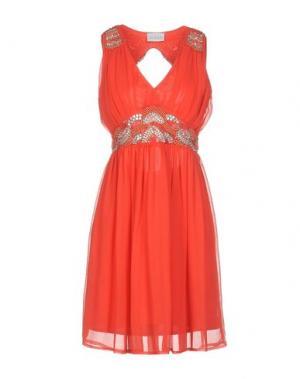 Короткое платье LA KORE. Цвет: коралловый