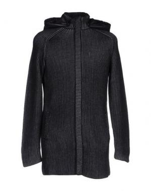 Пальто VNECK. Цвет: черный
