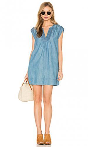Платье blayne Soft Joie. Цвет: синий