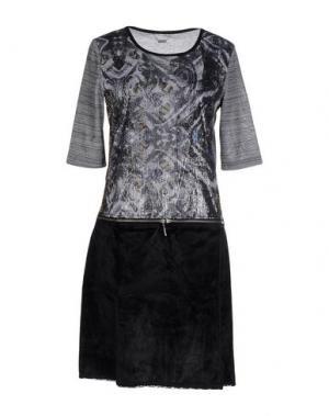 Короткое платье CUSTO BARCELONA. Цвет: серый