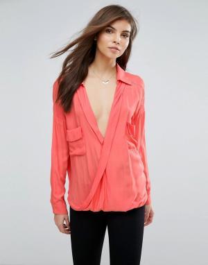Forever Unique Блузка с запахом. Цвет: оранжевый