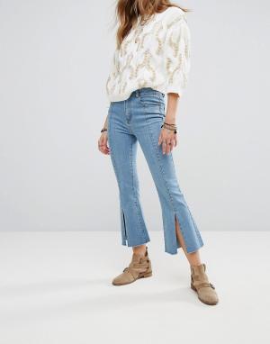 Moon River Укороченные джинсы. Цвет: синий
