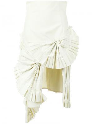Плиссированная асимметричная юбка Jacquemus. Цвет: телесный