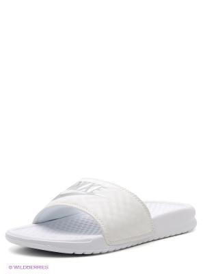 Шлепанцы WMNS BENASSI JDI Nike. Цвет: белый