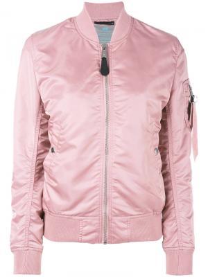 Куртка-бомбер  с карманом на рукаве Alpha Industries. Цвет: розовый и фиолетовый
