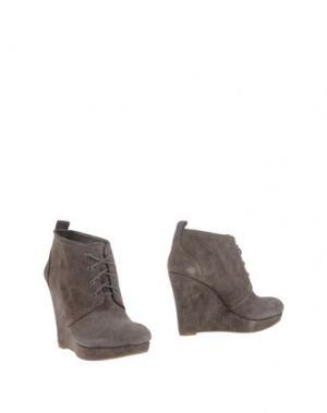 Полусапоги и высокие ботинки JESSICA SIMPSON. Цвет: серый