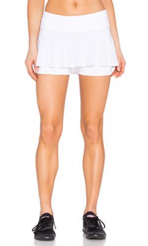 Полосатая юбка-шорты для тенниса Beyond Yoga. Цвет: белый