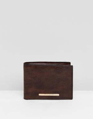 River Island Темно-коричневый бумажник из искусственной змеиной кожи. Цвет: коричневый