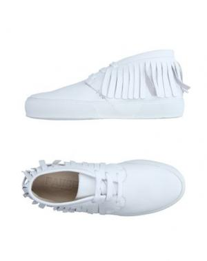 Высокие кеды и кроссовки PAUSE. Цвет: белый