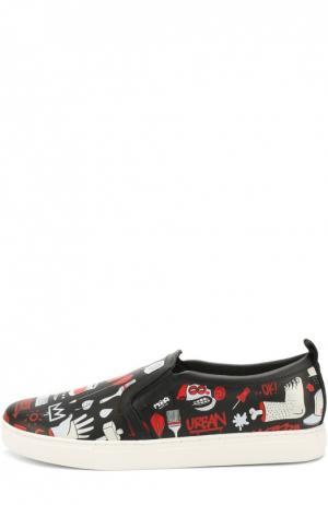 Кожаные слипоны с принтом MOA. Цвет: черный