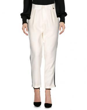 Повседневные брюки SOUVENIR. Цвет: слоновая кость
