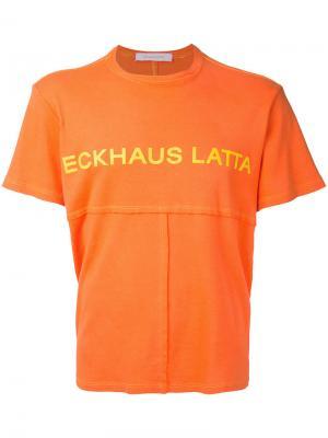 Футболка лоскутного кроя с принтом-логотипом Eckhaus Latta. Цвет: жёлтый и оранжевый