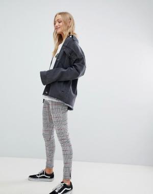 Daisy Street Клетчатые брюки узкого кроя с завышенной талией. Цвет: серый