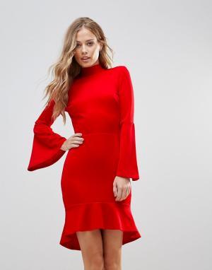 Oh My Love Платье миди с рукавами клеш и оборкой. Цвет: красный