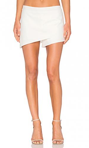 Юбка-шорты с асимметрическим низом Michelle Mason. Цвет: белый