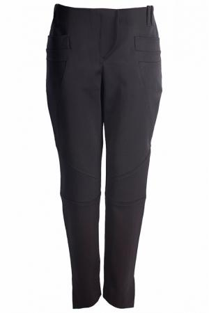 Укороченные брюки с карманами Irfe. Цвет: черный
