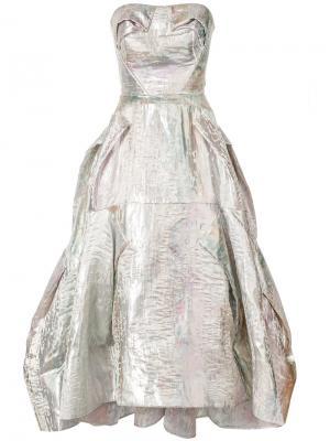 Расклешенное платье с эффектом металлик Maticevski. Цвет: металлический