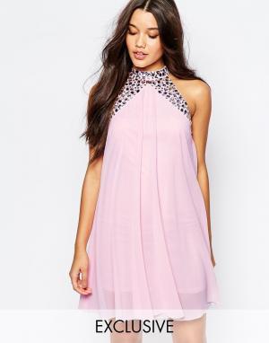 Lipsy Свободное платье бэби‑долл с высокой горловиной и отделкой. Цвет: розовый