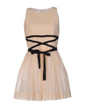 Короткое платье BAND OF OUTSIDERS. Цвет: бежевый