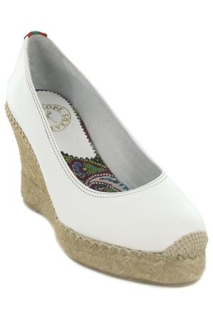 Туфли Penelope Chilvers. Цвет: белый