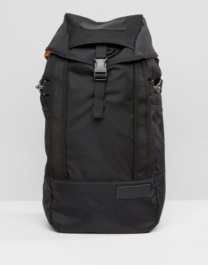 Eastpak Черный рюкзак Fluster. Цвет: черный