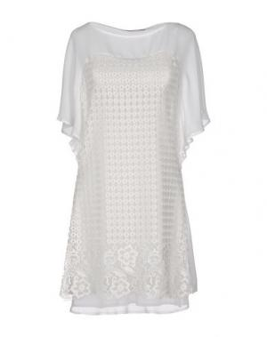 Короткое платье ANGELA MELE MILANO. Цвет: белый