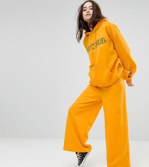 Reclaimed Vintage Джоггеры с широкими штанинами Inspired. Цвет: желтый