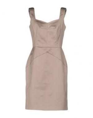 Короткое платье TARA JARMON. Цвет: песочный