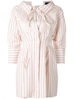 Полосатое платье-рубашка Jacquemus. Цвет: телесный