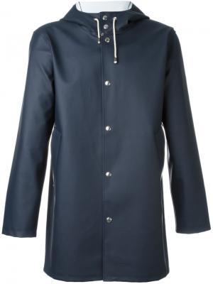 Пальто с капюшоном Stutterheim. Цвет: синий