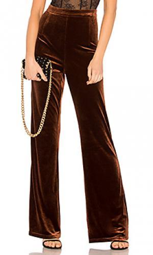 Бархатные брюки standard WYLDR. Цвет: металлический бронзовый