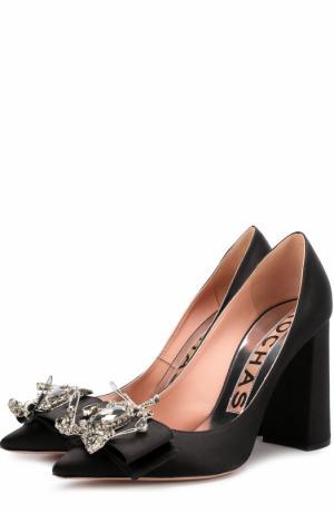 Атласные туфли с брошью на устойчивом каблуке Rochas. Цвет: черный