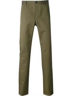 Зауженные к низу брюки A.P.C.. Цвет: зелёный