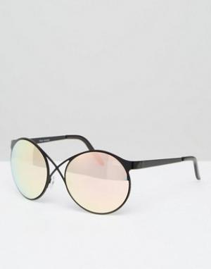 Quay Australia Круглые солнцезащитные очки с зеркальными стеклами. Цвет: черный