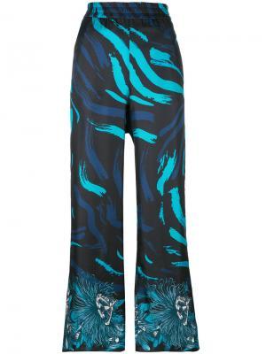 Широкие брюки с принтом Versus. Цвет: синий