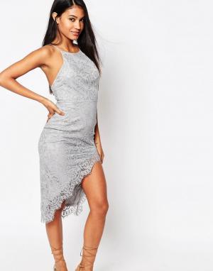 Love Triangle Кружевное платье миди с высокой горловиной и разрезом. Цвет: серый