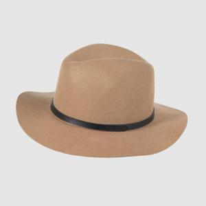Шляпа из шерсти La Redoute Collections. Цвет: зеленый