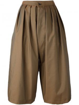 Укороченные брюки со складками Comme Des Garçons. Цвет: коричневый