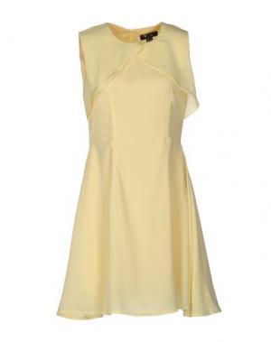 Короткое платье CUTIE. Цвет: желтый