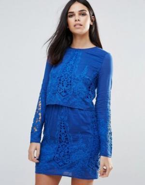 The Jetset Diaries Кружевное платье-туника с длинными рукавами. Цвет: синий