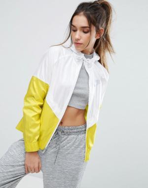 Nike Бело-желтая ветровка с капюшоном. Цвет: мульти
