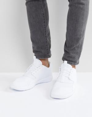 Jordan Белые кроссовки Nike Eclipse 724010-120. Цвет: белый