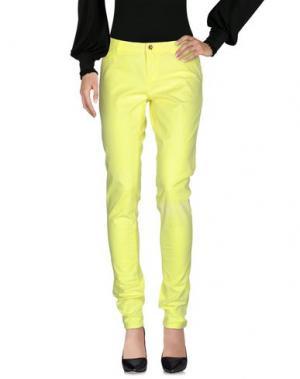 Повседневные брюки AMY GEE. Цвет: желтый
