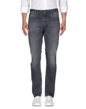 Джинсовые брюки DENHAM. Цвет: серый
