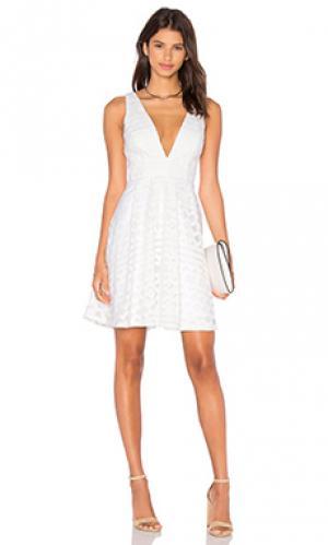 Приталенное и расклешенное платье all about you Lumier. Цвет: белый